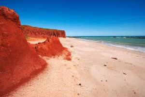 Red Cliffs James Price Point - Photo, Annabelle Sandes, Kimberley Media