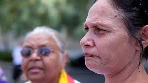 Image - www.perthnow.com.au Carol Roe and Della Roe, nanna and mother of Julieka Dhu